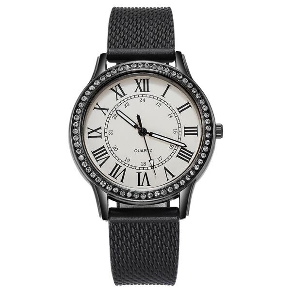 Чёрные женские часы «Quartz» с римскими цифрами и полимерным ремешком купить. Цена 275 грн