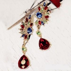 Очень длинные серьги «Карнавальные» с разноцветными стразами и крупным красным висячим камнем купить. Цена 110 грн