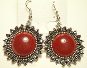 Круглые серьги «Киприда» в форме солнца с крупным бордовым камнем и чешским стеклом купить. Цена 85 грн
