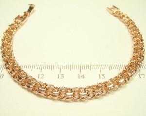 Короткий браслет-цепочка с крупным плетением Бисмарк и 24-х каратным золотым покрытием купить. Цена 365 грн или 1145 руб.