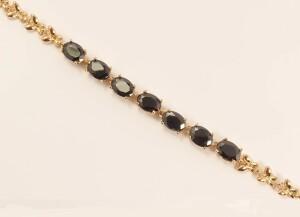 Молодёжный браслет «Меринда» из овальных чёрных фианитов и позолоты фото. Купить