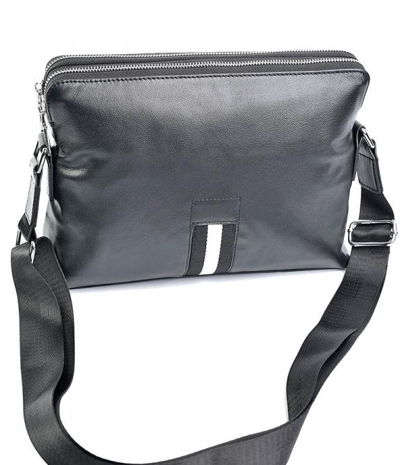 Горизонтальная мужская сумка «Solana» из качественной кожи с двумя отделениями купить. Цена 1490 грн