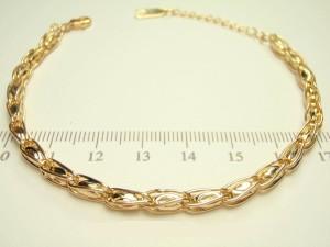 Красивый браслет в виде позолоченной цепочки с интересным декоративным плетением купить. Цена 220 грн или 690 руб.