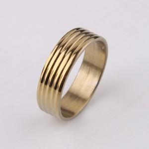 Однотонное кольцо «Gedeon» золотого цвета из нержавеющей стали с дорожками купить. Цена 165 грн