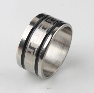 Мужское кольцо «Gedeon» из медицинской стали с греческим орнаментом и чёрными бороздами купить. Цена 165 грн