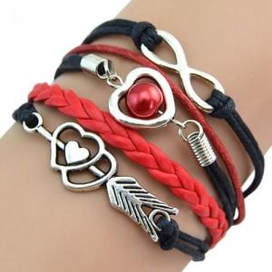 Многорядный браслет «Инфинити Амур» из чёрных и красных шнурков с металлическими фенечками купить. Цена 69 грн