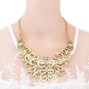 Крупное ожерелье «Флорина» из металла с покрытием под бронзу, без камней и страз фото. Купить