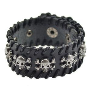 Мужской чёрный кожаный браслет с черепами и костями на кнопочной застёжке купить. Цена 199 грн или 625 руб.