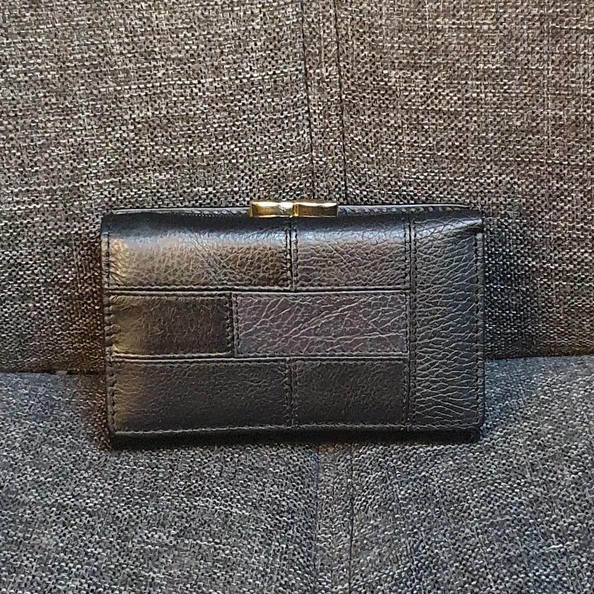 Строгий женский кошелёк «Dr.Bond» тройного сложения из чёрной кожи купить. Цена 575 грн