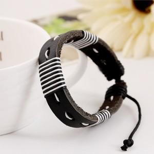 Унисекс чёрно-белый браслет из кожи и вощёного шнурка на застёжке-затяжке фото. Купить