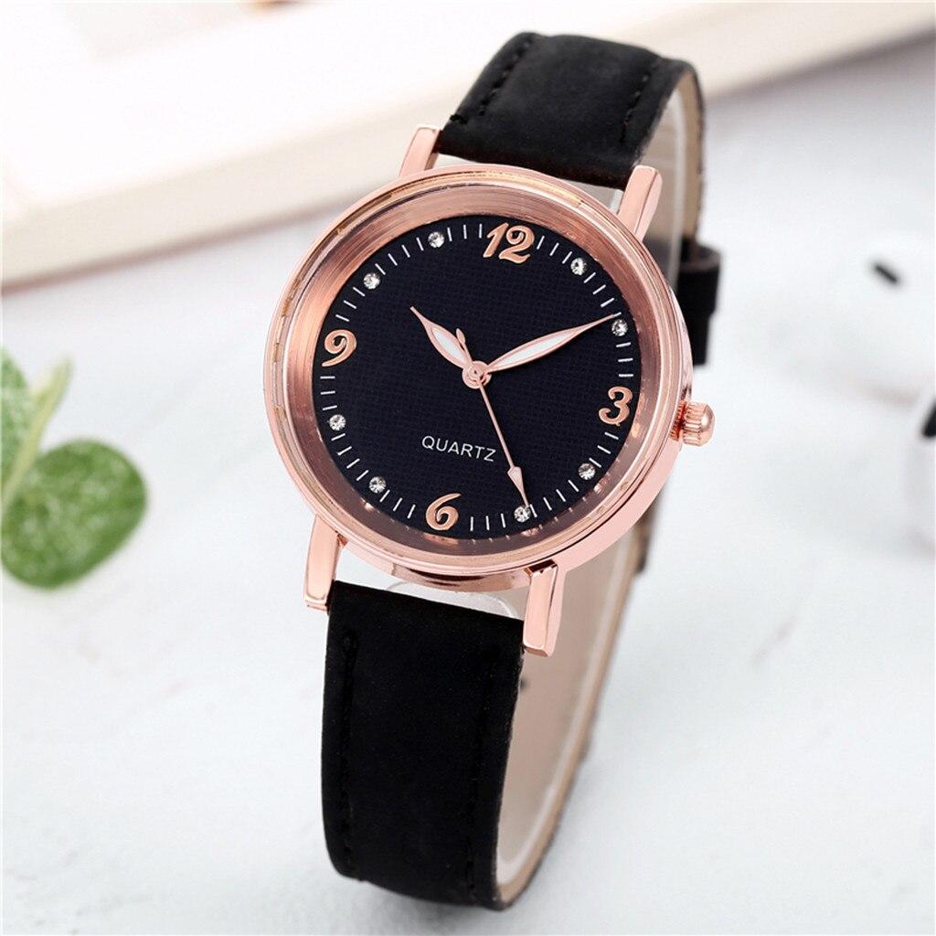 Недорогие женские часы «Quartz» с чёрным циферблатом и ремешком купить. Цена 225 грн