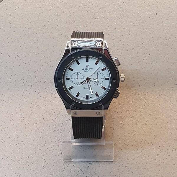 Копия часов «Hublot» в корпусе под серебро и с чёрным каучуковым ремешком купить. Цена 399 грн