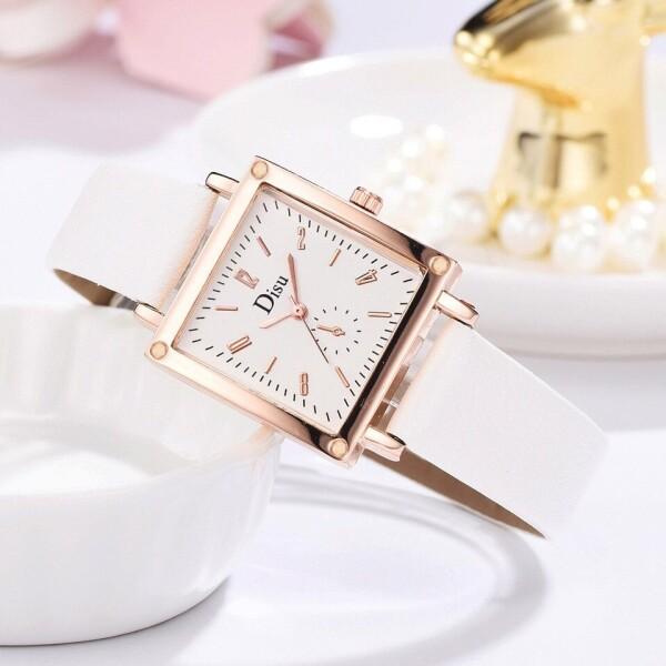 Нежные женские часы «Disu» квадратной формы в корпусе золотого цвета купить. Цена 275 грн