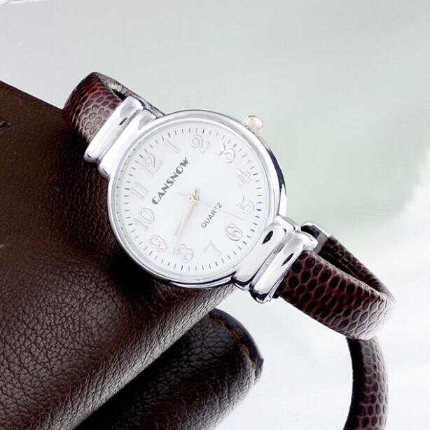 Модные часы «Cansnow» в виде браслета со змеиной текстурой коричневого цвета купить. Цена 350 грн