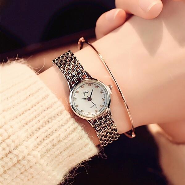 Маленькие женские часы «JW» классического стиля с серебристым браслетом купить. Цена 299 грн