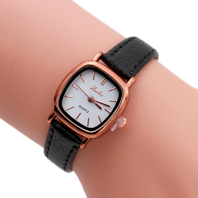 Овальные женские часы «Luobos» в ретро стиле с золотыми метками на белом циферблате купить. Цена 199 грн