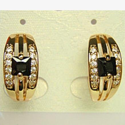 Повседневные серьги «Помпеи» с чёрным квадратным камнем и золотым напылением купить. Цена 195 грн