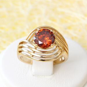Широкое кольцо «Аврора» с красным камнем и качественной позолотой купить. Цена 145 грн