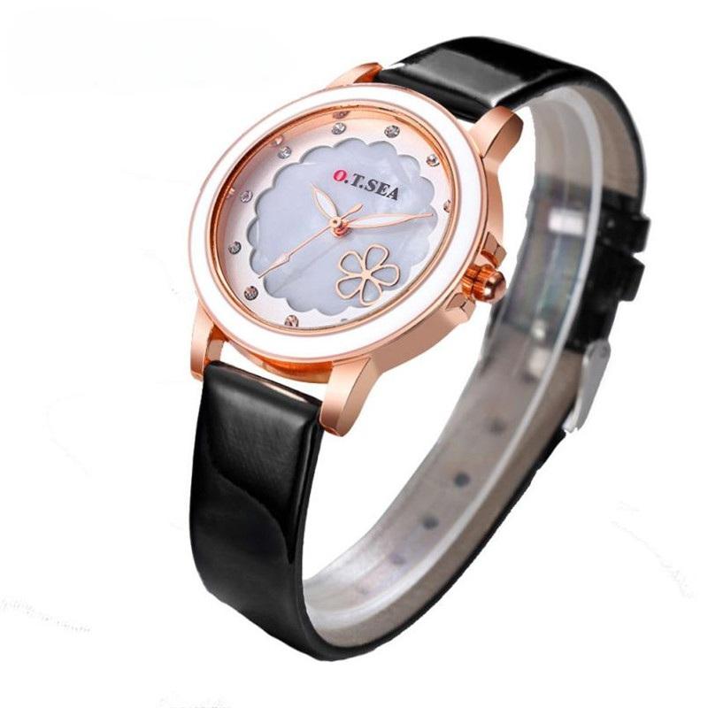 Стильные часы «O.T.Sea» с белым циферблатом, стразами и лаковым ремешком купить. Цена 265 грн