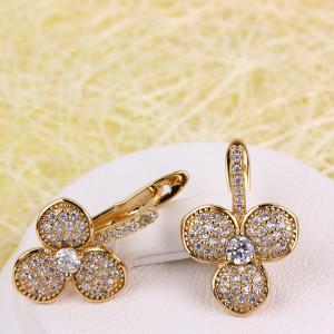 Эксклюзивные серьги «Латирусы» в виде цветка с лепестками из камней и позолоты фото. Купить