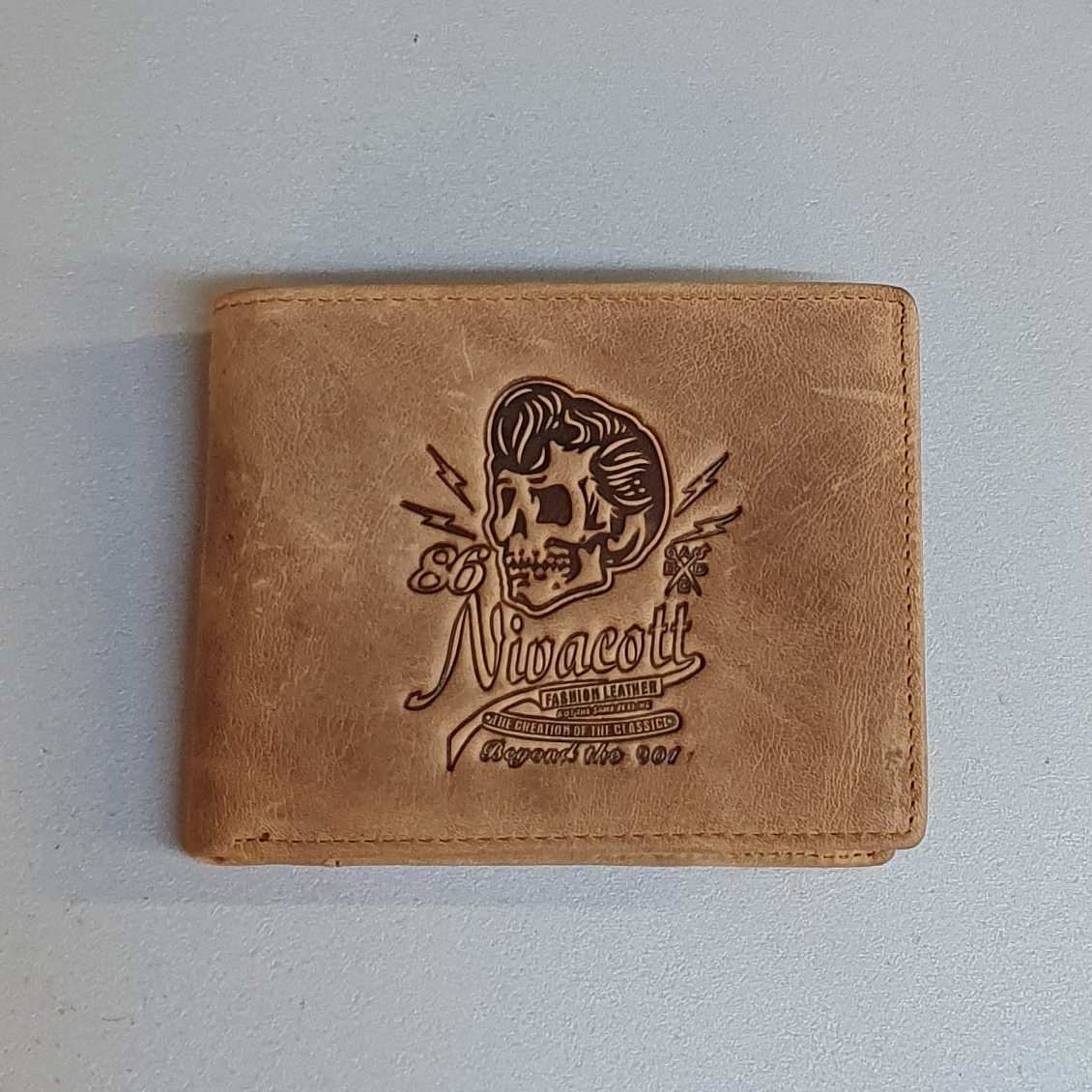 Винтажный бумажник «Esiposs» из натурального нубука песочного цвета купить. Цена 690 грн