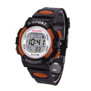 Небольшие часы «Honhx» из чёрного пластика и каучуковым ремешком фото. Купить