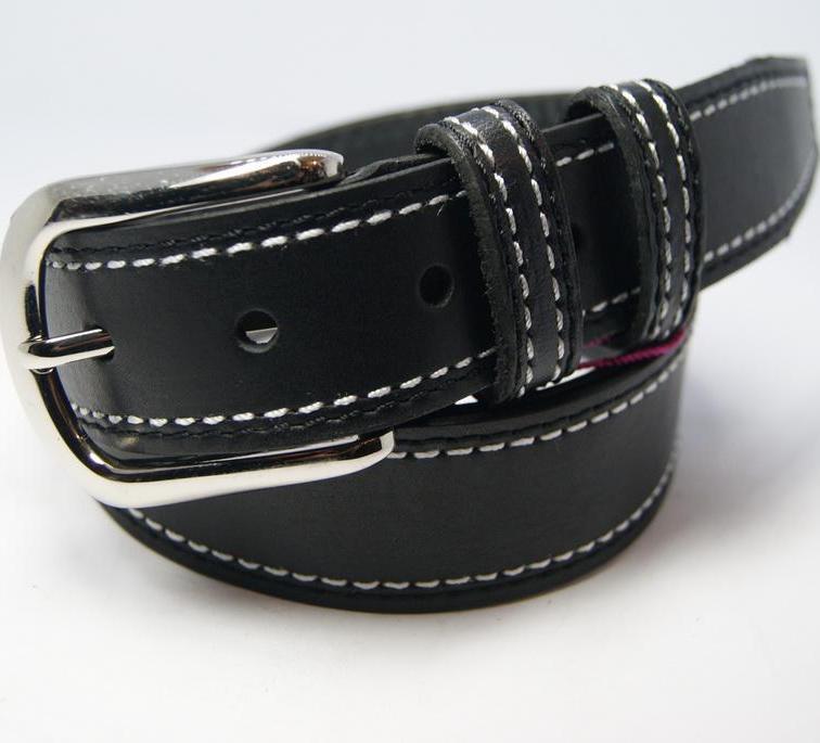 Классический мужской ремень «ST» из натуральной чёрной кожи с белой строчкой купить. Цена 390 грн