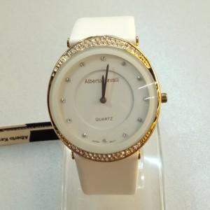 Красивые женские часы «Alberto Cavalli» с крупным овальным корпусом и белым ремешком фото. Купить
