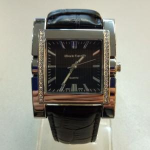 Квадратные массивные часы «Alberto Cavalli» с японским механизмом и чёрным кожаным ремешком купить. Цена 1099 грн