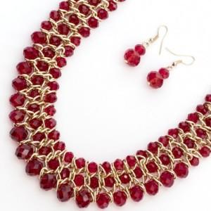 Яркий набор «Пражский» с ожерельем и серьгами из красного чешского стекла купить. Цена 290 грн