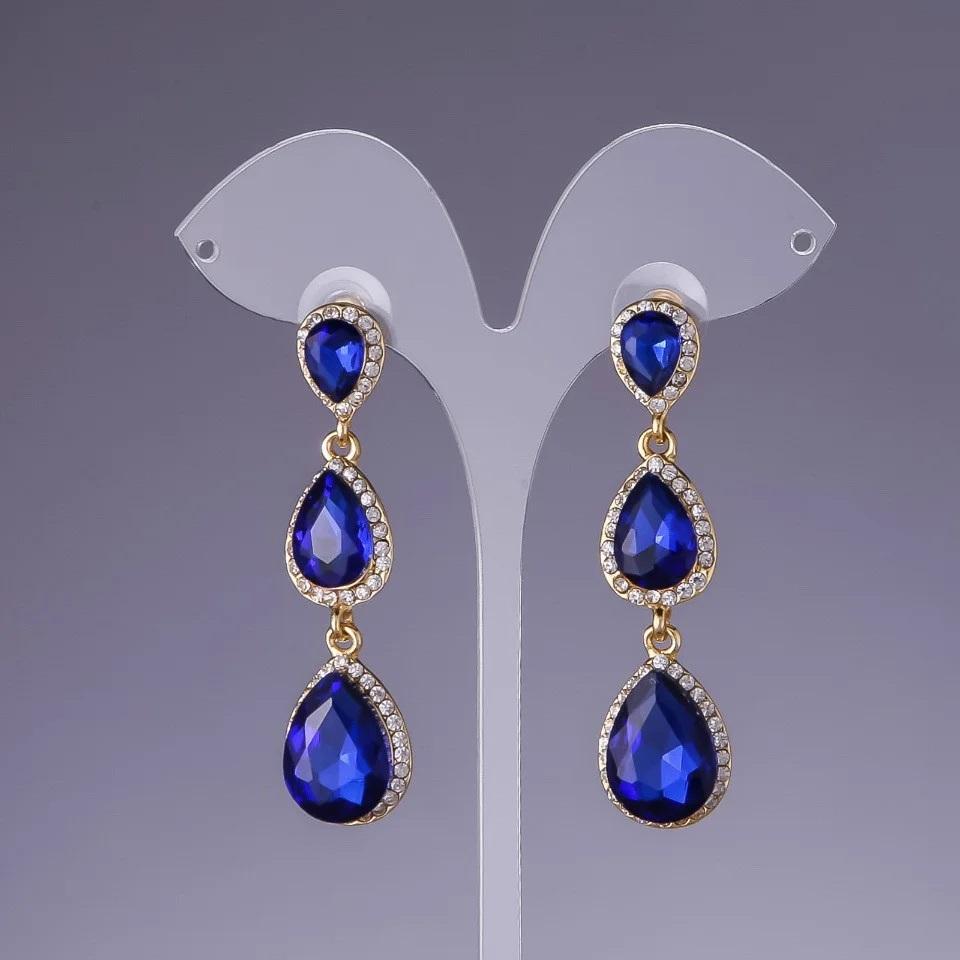 Изумительные серьги «Камилла» с большими камнями синего цвета в форме капли купить. Цена 245 грн