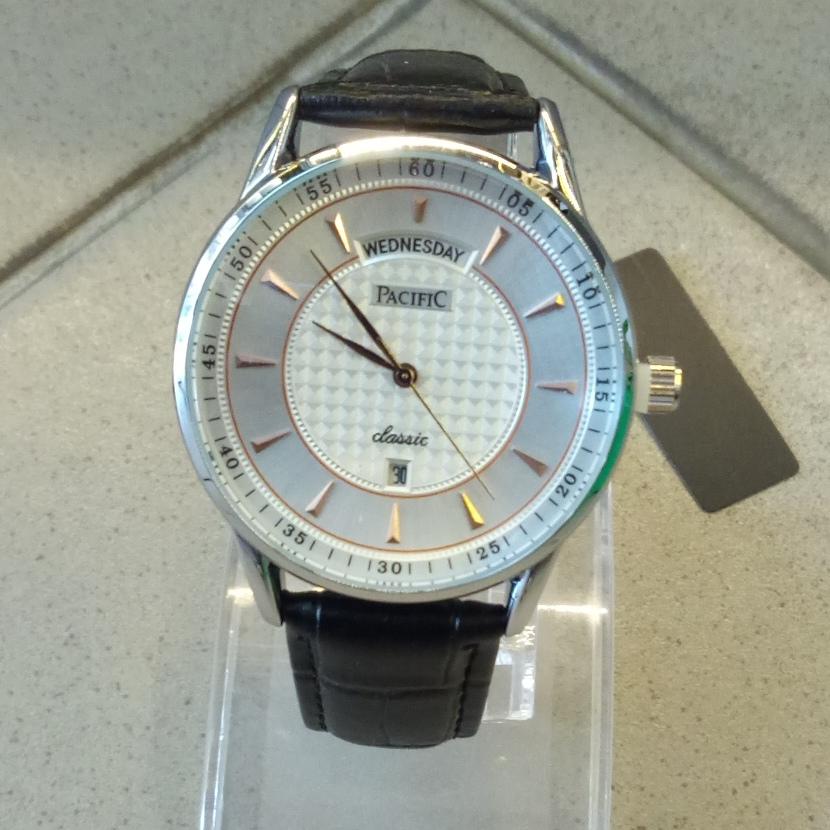 Стильные мужские часы «Pacific» с чёрным кожаным ремешком купить. Цена 990 грн