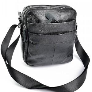 Практичная мужская сумка «Laras» из мягкой тонкой натуральной кожи с глянцевым блеском купить. Цена 899 грн