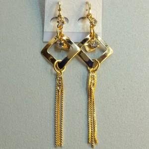 Удлинённые серьги «Лимбо» из цепочки с покрытием под золото и стразами купить. Цена 210 грн