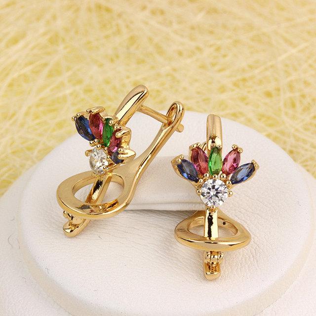 Замечательные серьги «Фейерверк» с разноцветными цирконами и золотым покрытием купить. Цена 199 грн