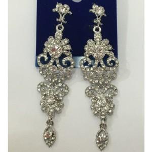 Роскошные свадебные серьги «Антуанетта в белом» с большими камнями в серебре купить. Цена 235 грн