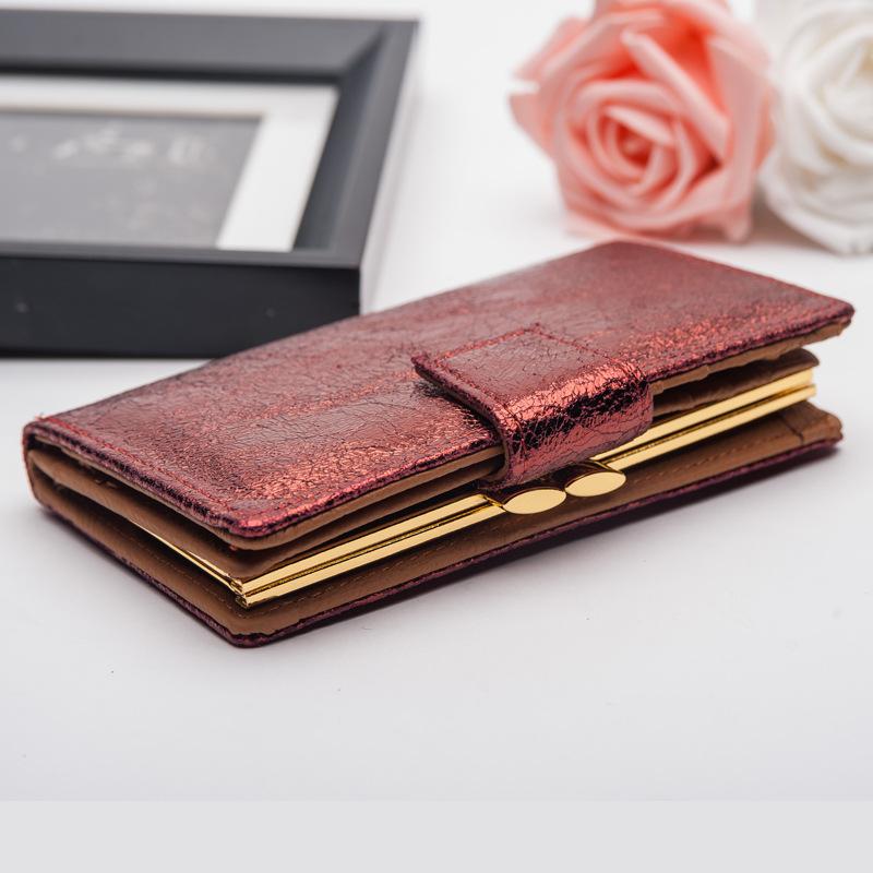 Гламурный кошелёк «WeiHong» из красной блестящей кожи купить. Цена 1095 грн