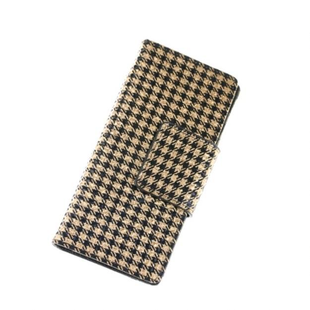 Большой лёгкий кошелёк «Monko» золотого цвета из лаковой кожи купить. Цена 875 грн