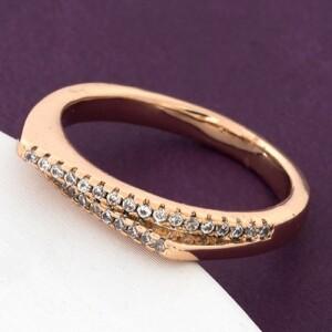 Тонкое кольцо «Баланс» современного дизайна с фианитами в позолоте от Xuping купить. Цена 155 грн
