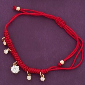 Яркий браслет «Красная роскошь» с милыми позолоченными висюльками фото. Купить