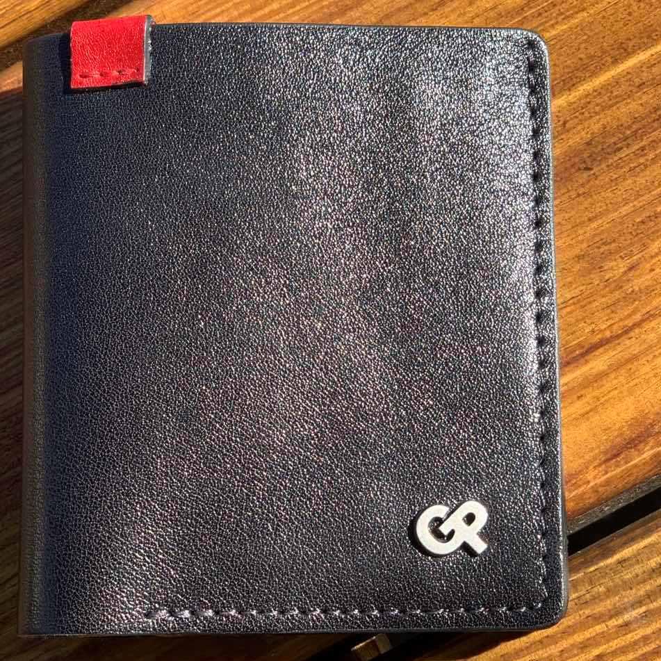 Маленький бумажник «Grande Pelle» из чёрной глянцевой кожи высокого качества купить. Цена 599 грн
