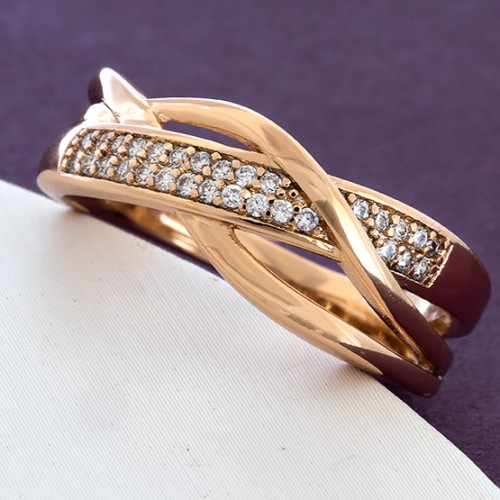 Игривое кольцо «Увлечение» интересной формы с камнями в позолоте купить. Цена 185 грн