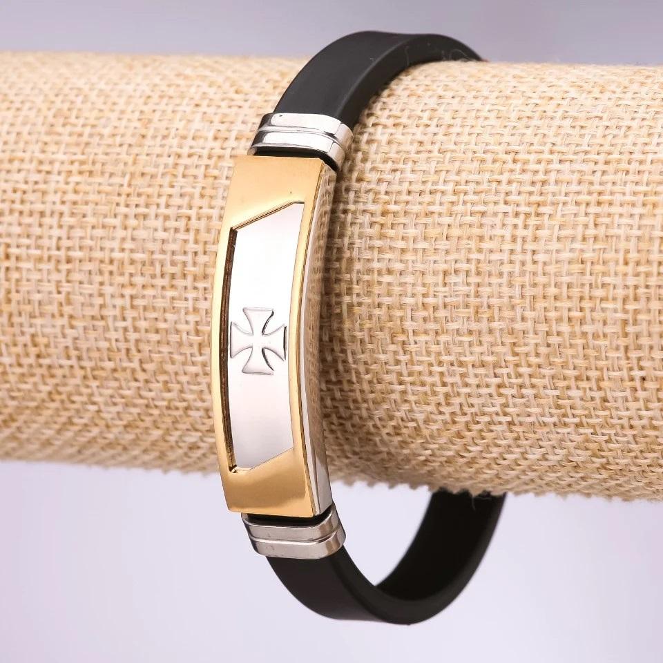 Силиконовый браслет с изображением мальтийского креста на стальной пластине купить. Цена 165 грн