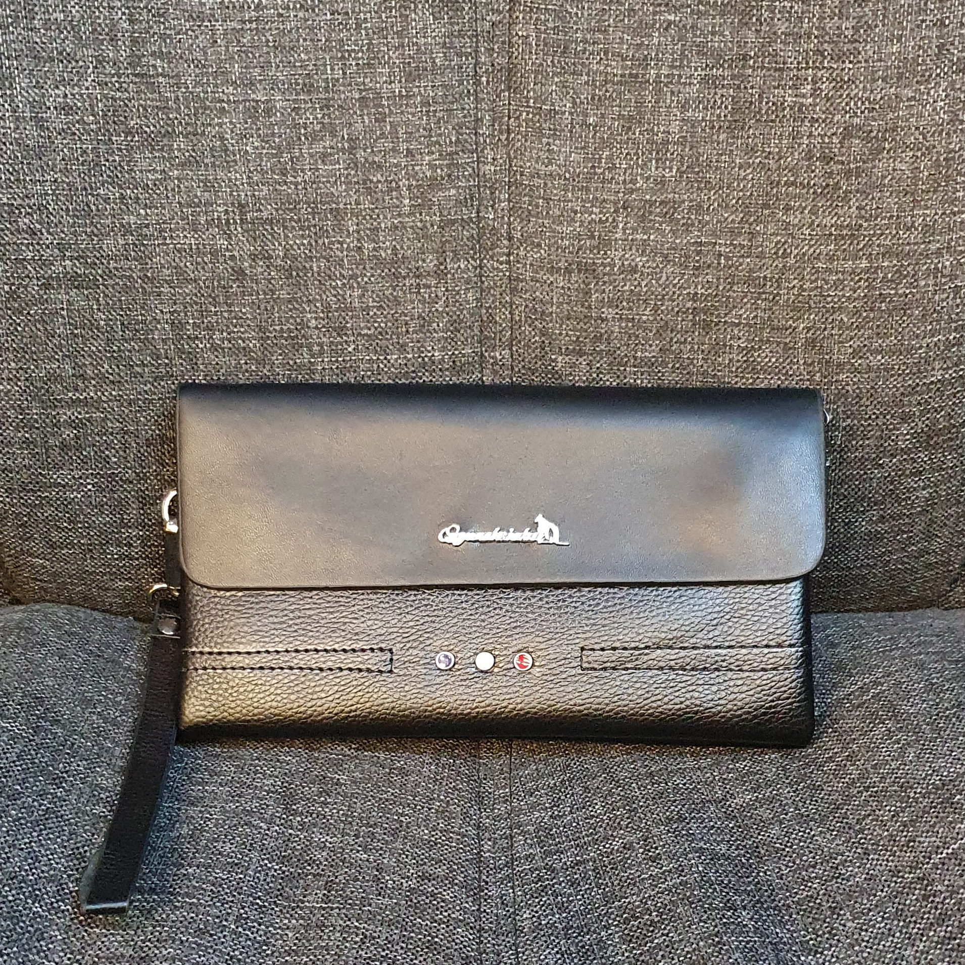 Отличный мужской клатч «Q.G.W. Daishu» в классическом стиле из чёрной экокожи купить. Цена 499 грн