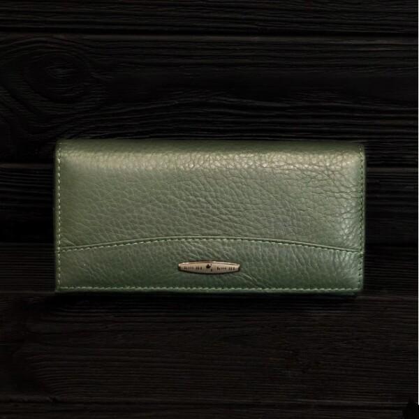 Классический кошелёк «Kochi» из мягкой натуральной кожи зелёного цвета купить. Цена 685 грн