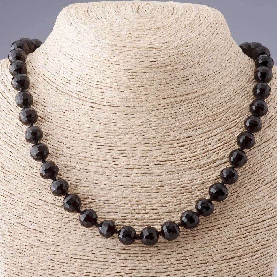 Женские чёрные бусы из круглого гранённого чешского стекла купить. Цена 185 грн