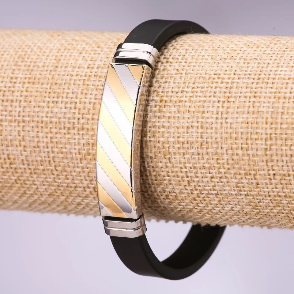 Полосатый браслет «Protection» из чёрного мягкого силикона и медстали купить. Цена 165 грн