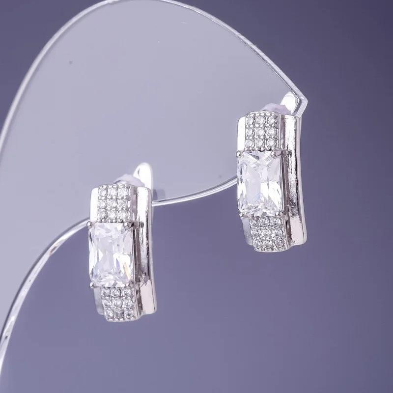Утончённые серьги «Калиостро Платина» с прозрачными фианитами и родиевым напылением купить. Цена 199 грн