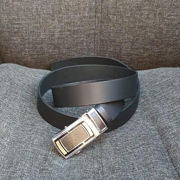 Брючный мужской ремень «SFIP» из чёрной кожи с автоматической пряжкой купить. Цена 545 грн