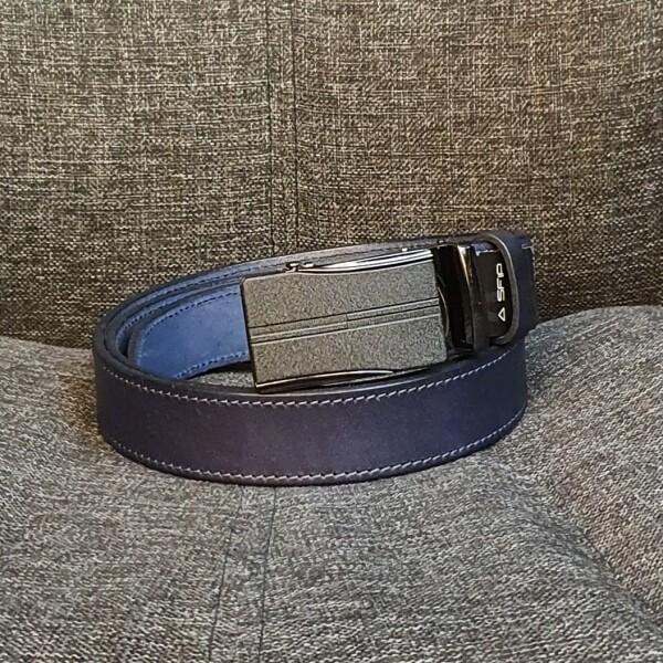 Красивый кожаный ремень «SFIP» синего цвета с автоматической пряжкой купить. Цена 545 грн